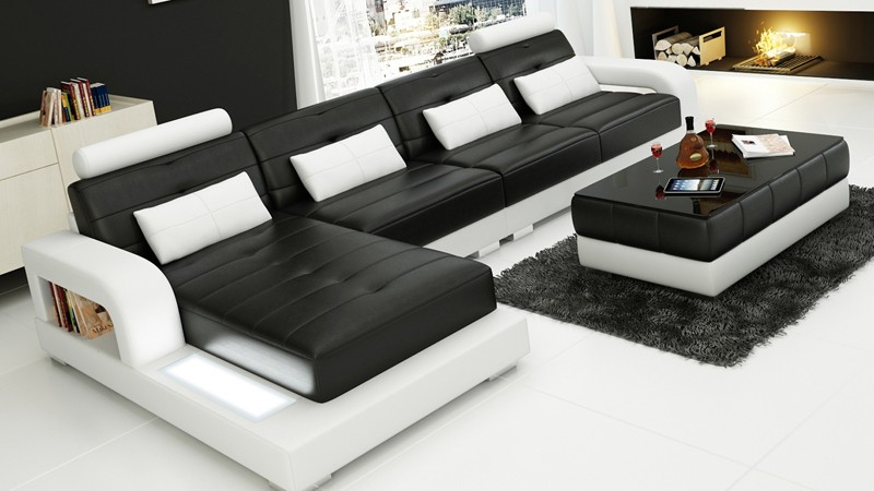Superieur Pesaro Chaise Black Corner Sofa